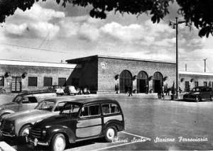 stazione vecchia foto