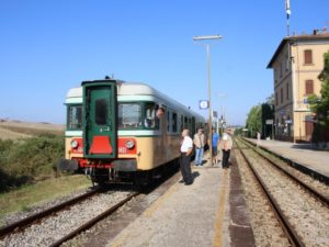Nature-Train-in-Chiusi